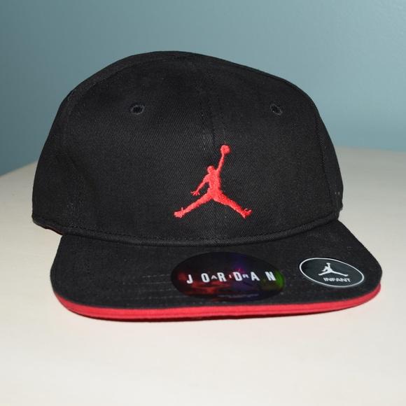 3bf4f66e895e7 Nike Air Jordan Jumpman infants Hat